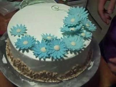 Part 4 Decorating Vanilla Chiffon Genoise - Episode 4-5 - The Aubergine Chef