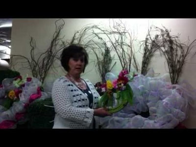 Spring Wreath Tip with Mesh Ribbon