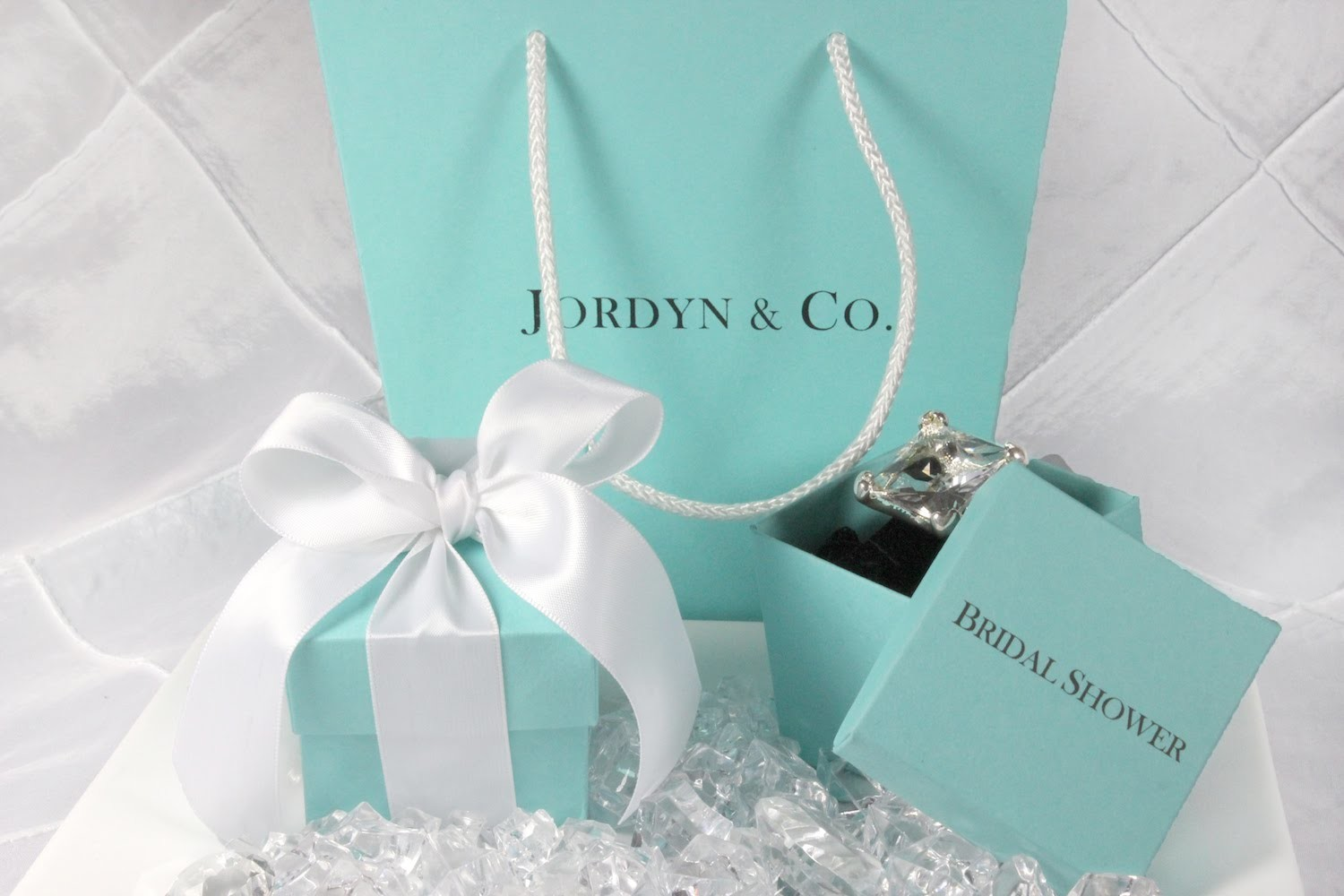 Customized Favor Gift Bag - DIY Tutorial on How to Assemble Personalized Gift Bags