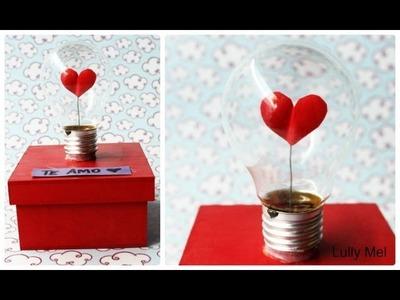 DIY: Caixa decorada com lâmpada do amor
