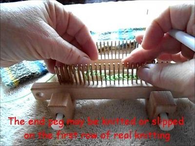 E wrap cast on using the EFG 0 Kiss loom