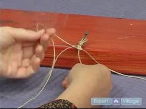 How to Make Hemp Jewelry : Beginning the Alternating Knot Hemp Bracelet