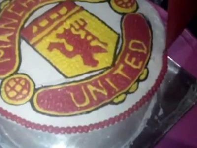 How to Make Manchester United Cake Logo
