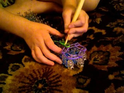(NEW) How to Make the Grape Charm Rainbow Loom Stitch