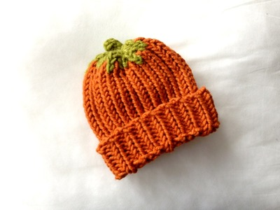 How to Loom Knit a Pumpkin Hat (DIY Tutorial)
