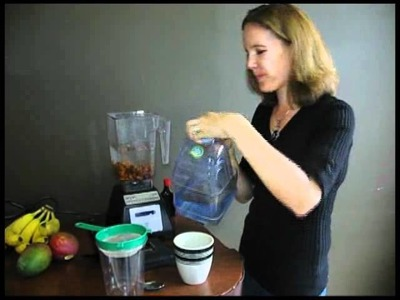 How To Make Your Own Almond Milk Without A Nut Milk Bag