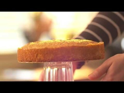 What to Bake: How to Remove a Cake