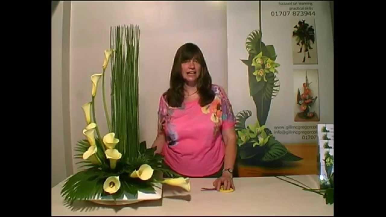 Contemporary Flower Arranging Lesson - Hedging