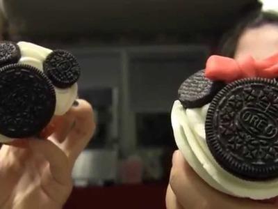 Disney Cooking: Mickey & Minnie Oreo Cupcakes