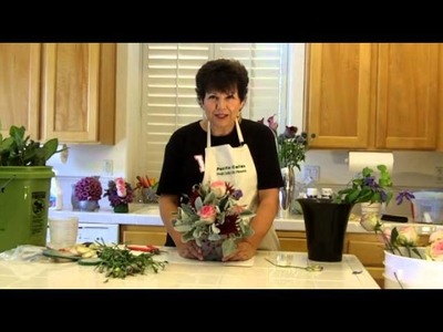 Http:.flowerarranging101.tv- Learn Easy Floral Designs -Use a Take Out Box for Floral Design