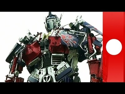 DIY Transformer: Chinese student builds life-size Optimus Prime out of trash
