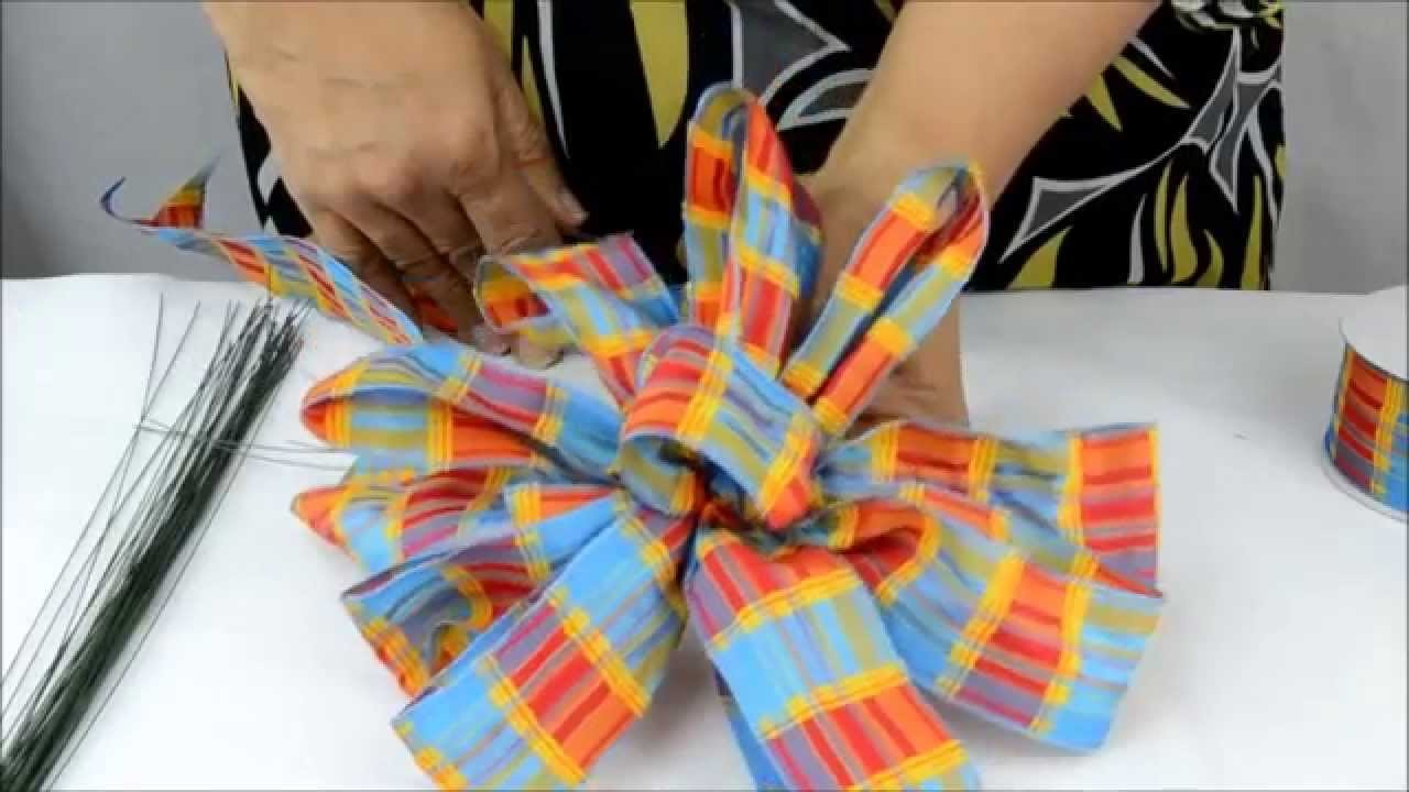 How to Make an Eight Loop (Plus One) Bow with Tail