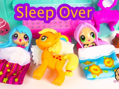 Sleep Over with Kawaii Crush BFFs Dolls and My Little Pony Applejack POP MLP - Toy Play Video
