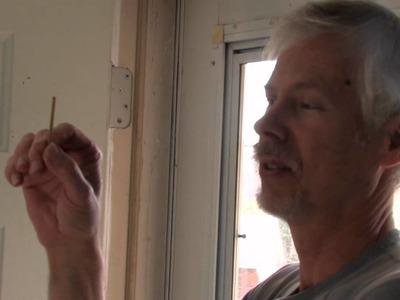 Doors : How to Fix a House Door Hinge