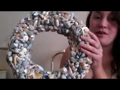 DIY HOW TO Make a seashell wreath Do it yourself