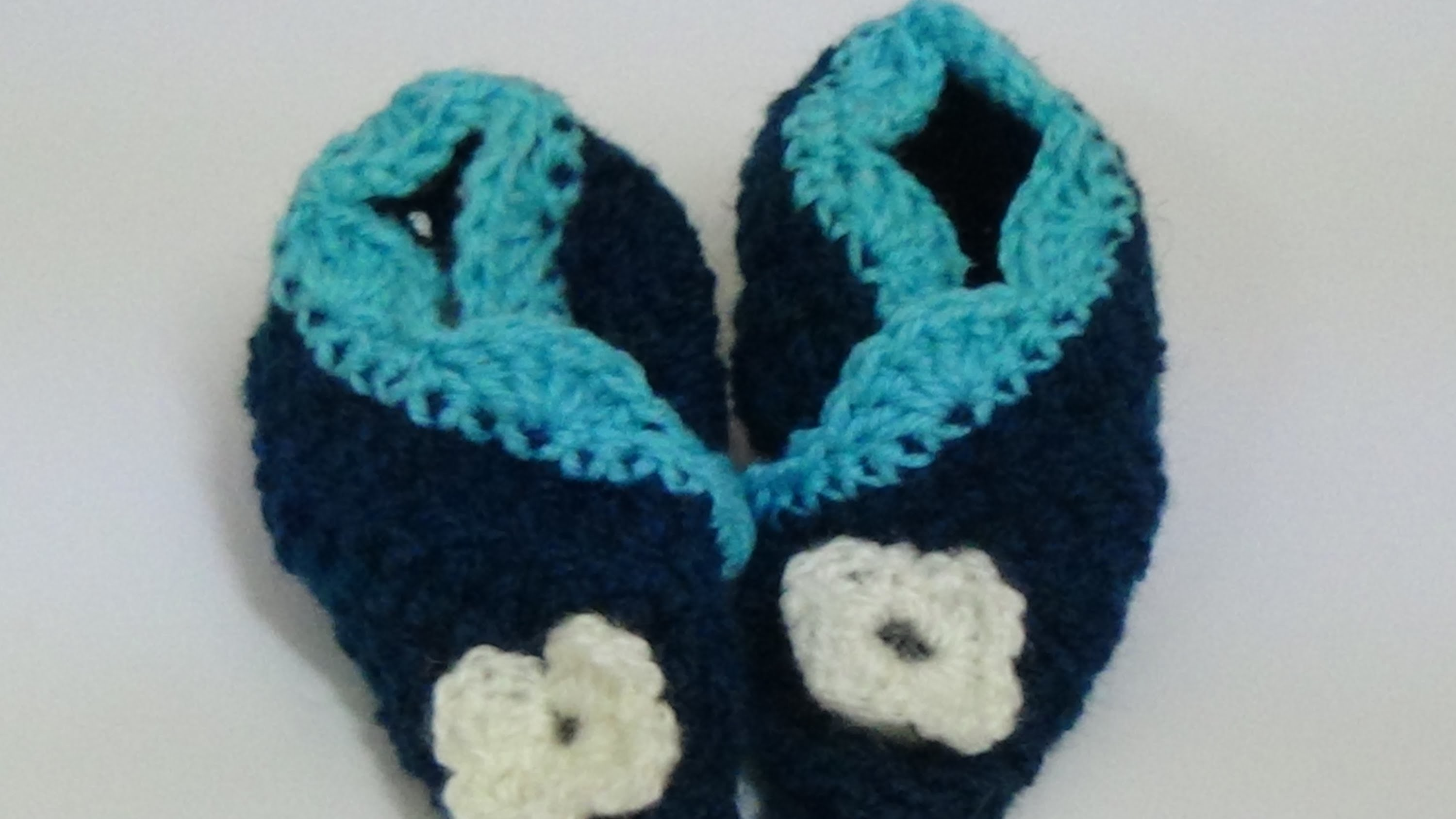 Very Easy crochet  baby booties-1
