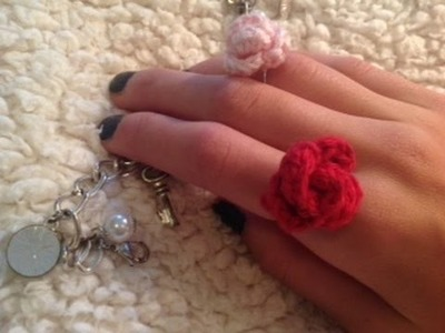How to crochet a mini rose ring