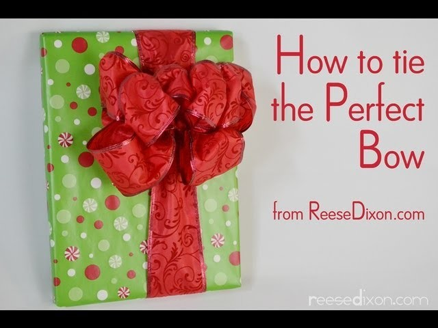 Christmas Wrapping: How to tie the Perfect Bow!