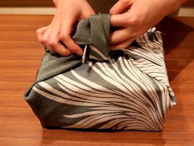 Japanese Furoshiki: How to wrap boxes
