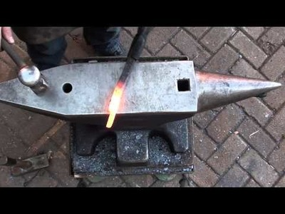 Forging flat nib tongs of two railroad spikes - How to forge tongs