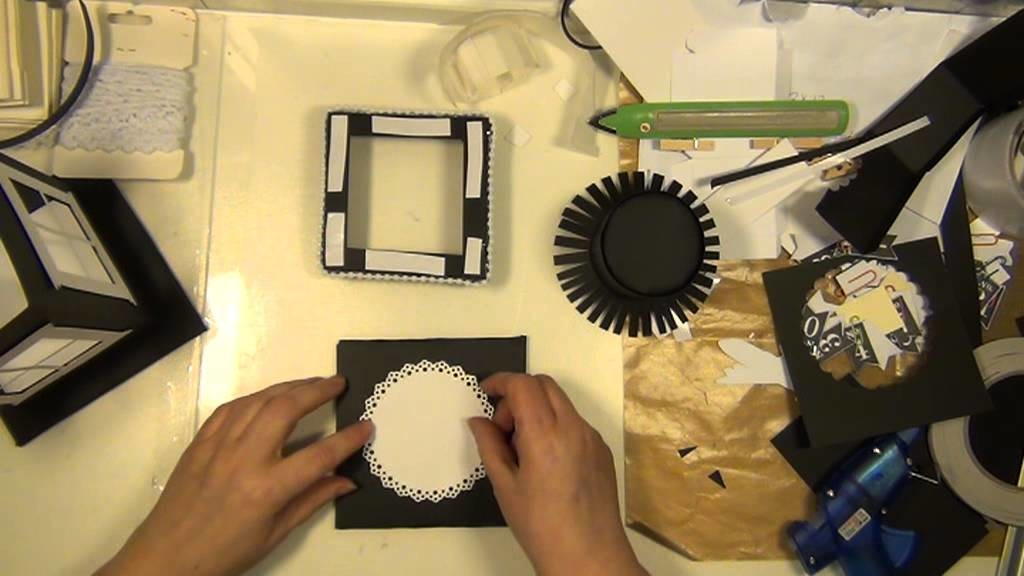 TUTORIAL how to make a lantern out of paper and Tim Holtz' window die