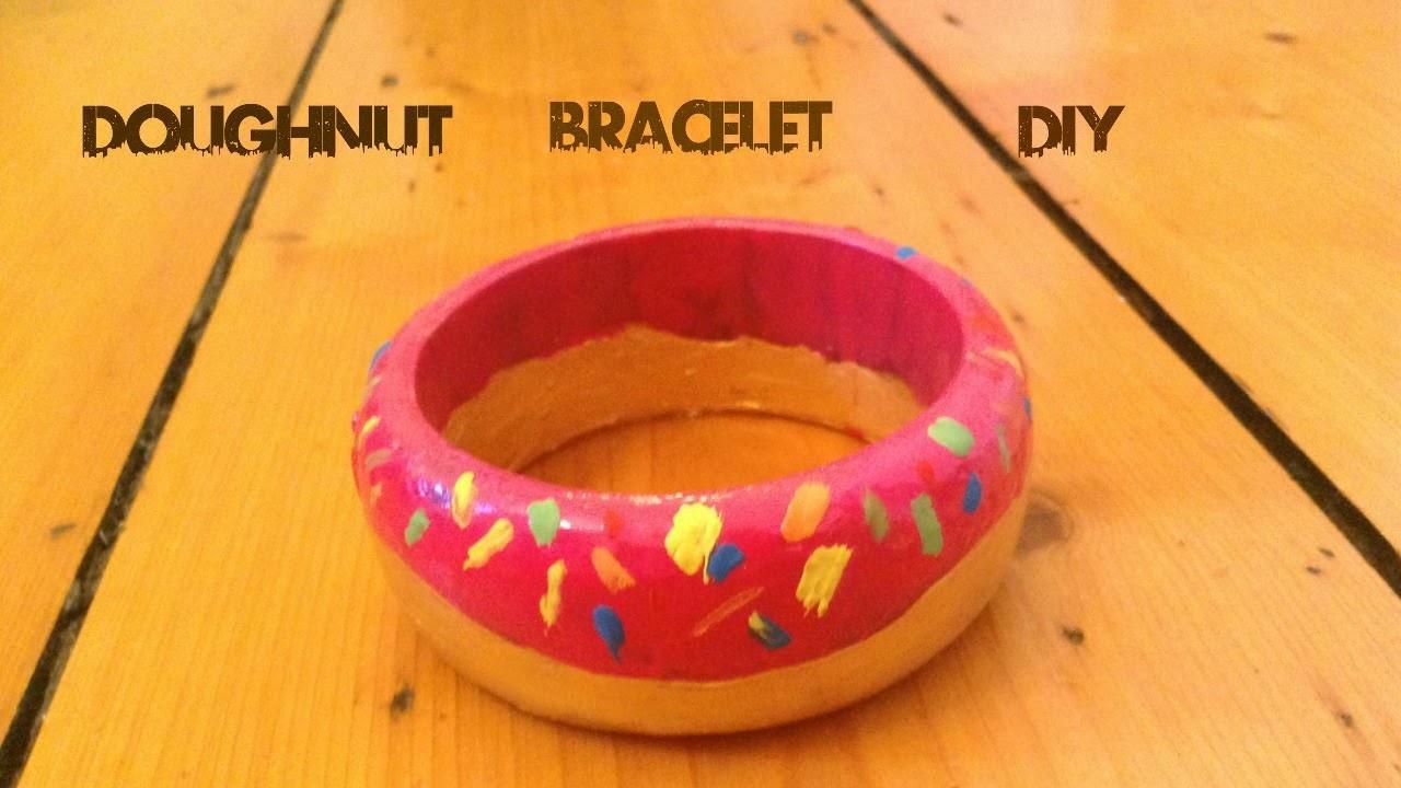 Super Simple Fun Doughnut bracelet DIY