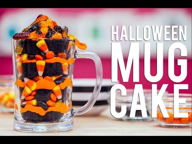 How To Make A HALLOWEEN MUG CAKE! Chocolate Cake, Black Ganache and Gummy Worms!