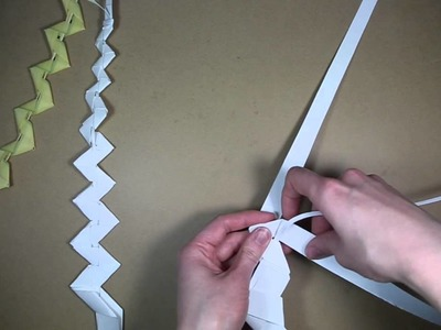 Palm folding: How to make a palm whip