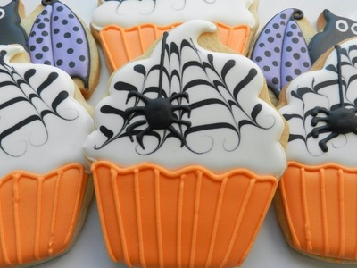 How to Decorate a Spooky Cupcake Cookie
