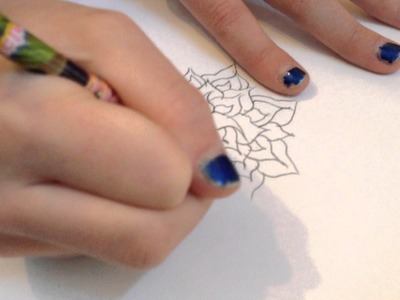 How to draw a flower on a paper using a pencil