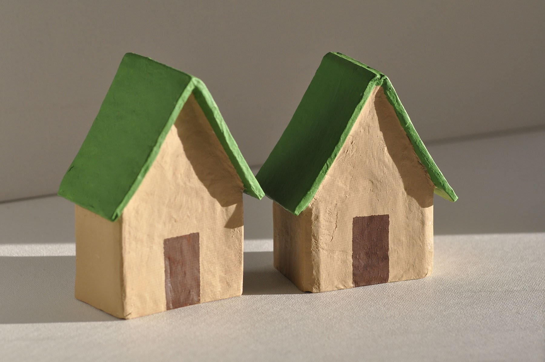 How to paint a paper mache house