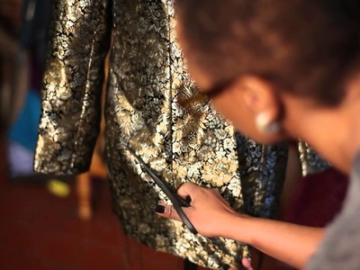 How to Restore Old Clothing to New : Old Fashions, New Looks