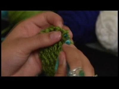 How to Crochet a Scarf : Starting Trim on Crochet Scarf