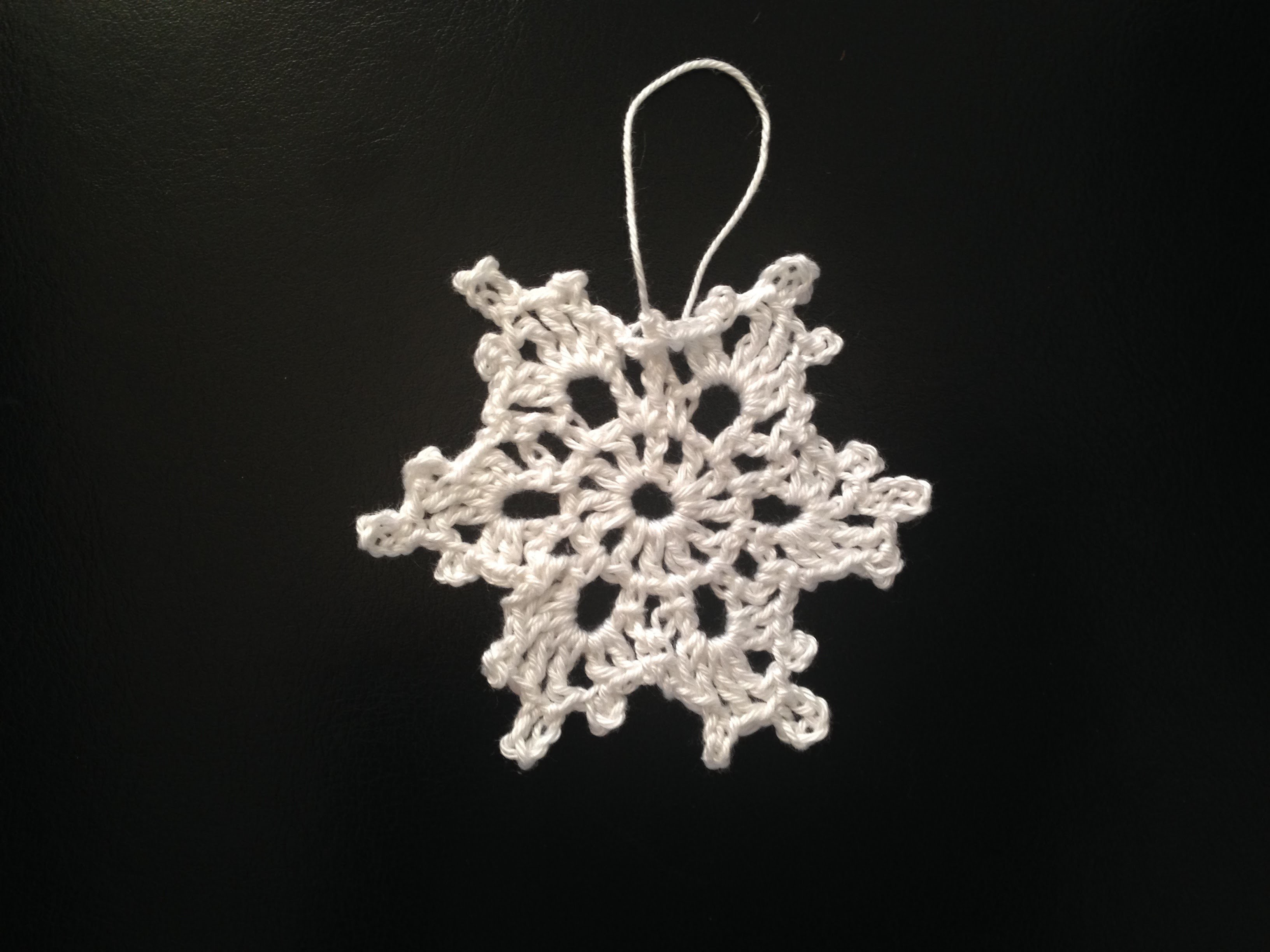 How to crochet Christmas decoration - a snowflake Motif 1