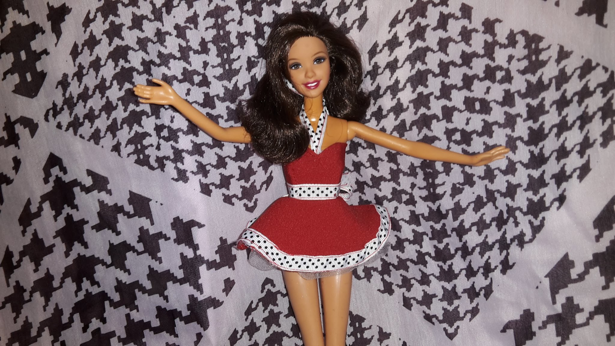 How to Make a Dolls 50's Dress and Petticoat
