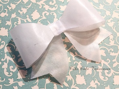 How to make a wafer paper bow