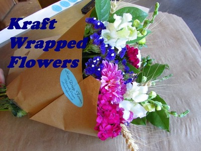 Using Kraft Paper to Wrap Bouquets of Flowers