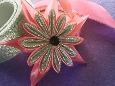 DIY-kreasi bunga dari kombinasi pita satin-creation of a combination of satin ribbon flowers