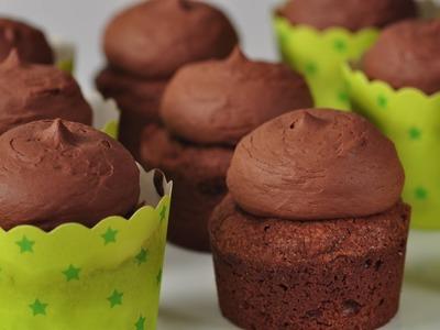 Brownie Cupcakes Recipe Demonstration - Joyofbaking.com