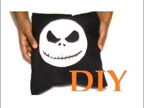 DIY: Jack Skellington Pillow (No Sew!)
