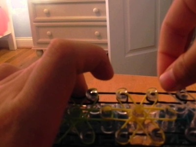 Easy rainbow loom starburst bracelet part 1.3