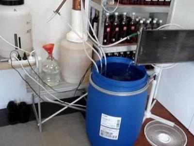 My home distillation setup, easy homebrew alcohol.