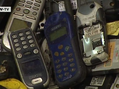 Old cell phones are a gold mine | Made in Germany