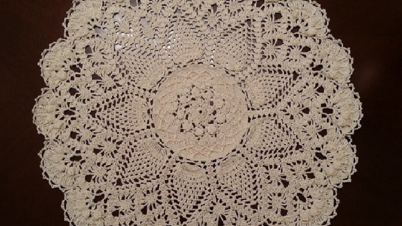 Splendid Pineapples Doily Part 1