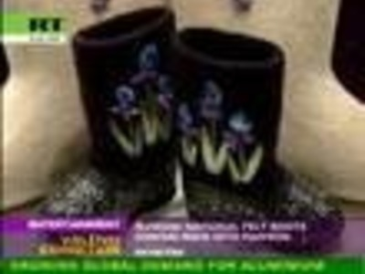 Valenki rock! Resurrection of traditional woolen boots