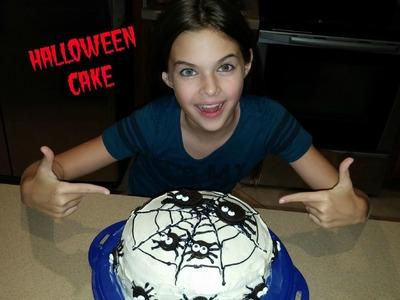 DIY HALLOWEEN CAKE WITH OREO SPIDERS