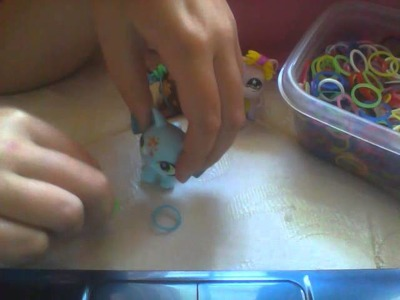 How to make lps outfits with loom  bands