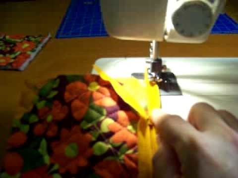 How to Sew a Cosmetic Bag-3 of 9