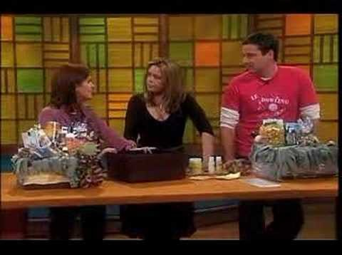 Rachael Ray Show - Making Gift Baskets