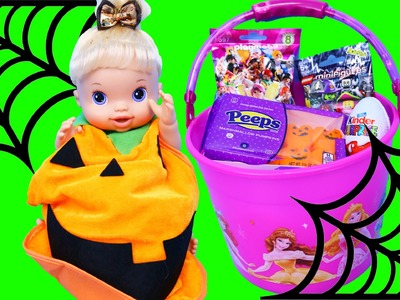 Baby Alive DIY Halloween Pumpkin Costume & Surprise Toys Buckets Halloween Candy & McDonalds Toys